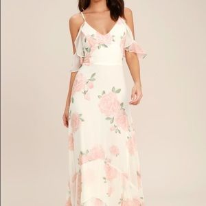 """Take me there"" Ivory Floral Print Maxi Dress"